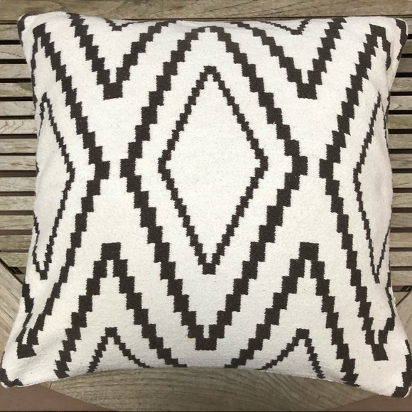 Hm Accents Hm Home Set Of Two Pillow Cover 19x19 Poshmark